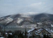Widok z balkonu zimą - Góra Żar