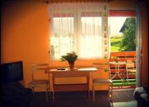 Nowy pokój z łazienką, balkonem TV, lodówką, czajn