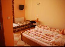 pokój trzy osobowy